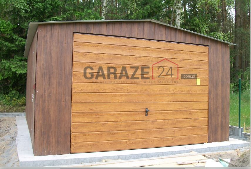Plechová garáž 4×5,5 m – sedlová strecha – tmavý orech