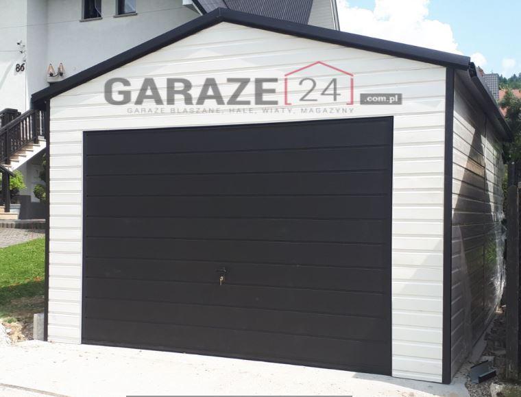 Plechová garáž 4×5 m, sedlová strecha, bielosivá + automat garážovej brány