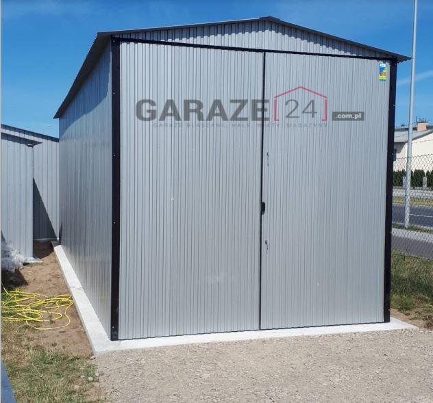 Plechová garáž 4×7 m, sedlová strecha, strieborná