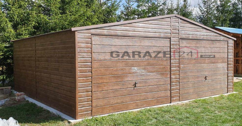 Plechová garáž 7×6 m, dve výklopné brány + plech s textúrou dreva