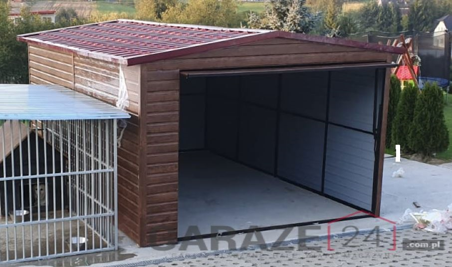Plechová garáž 3,5×5 m, sedlová strecha, tmavý orech